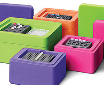Laboratory Freezer Boxes, מבחנות פלסטיק עם מכסה, מבחנות מפלסטיק, מבחנות זכוכית, מבחנות פלסטיק
